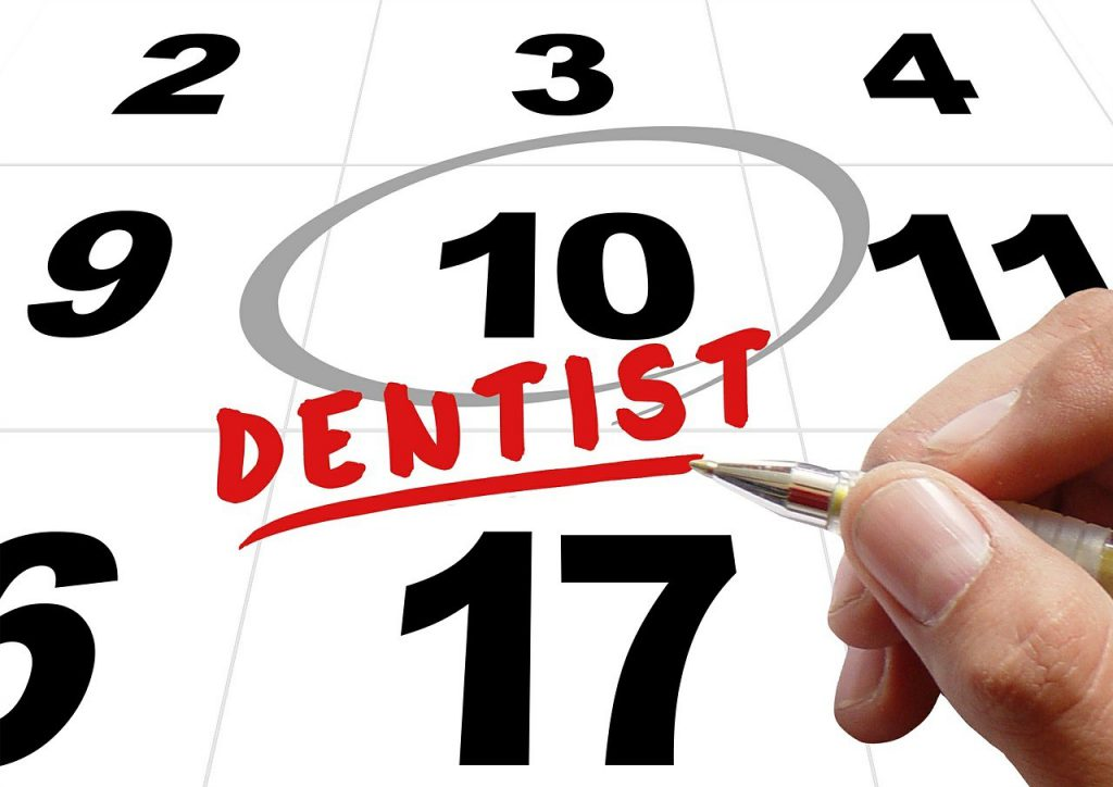 歯周病治療の第一歩!歯周病の検査